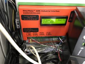 The connected EtherMeter displaying the flow rate